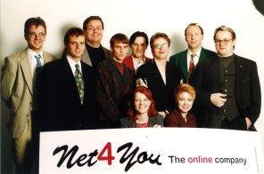 GruppenfotoMitarbeiter1998 2
